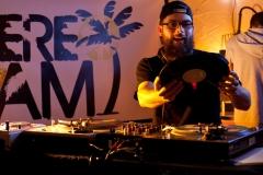 stereo-jam-boussole-23